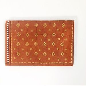 22 Carats Vintage Hand Tooled Leather Wallet